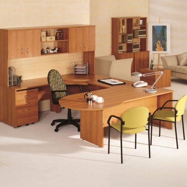 Custom Built Desks & Workstations